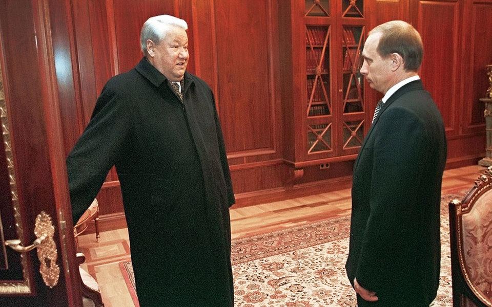 В каком состоянии Россия встречала Миллениум после ухода Ельцина: рассказывает политолог