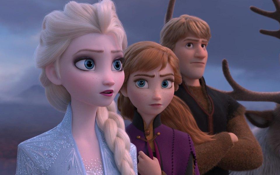 Художница изTikTok переделывает диснеевских принцесс. Она дарит Эльзе, Русалочке иРапунцель (почти) реалистичную внешность
