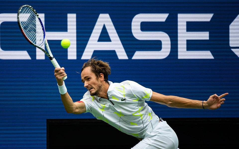 Даниил Медведев проиграл вфинале US Open Рафаэлю Надалю