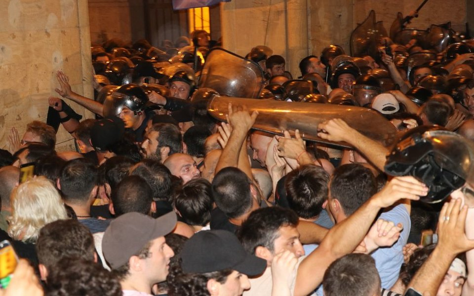 Многотысячные антироссийские протесты вТбилиси: главное