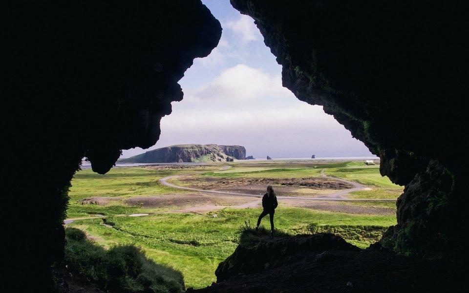 В Исландии отменили все ограничения, введенные из-за коронавируса. Вакцинирование прошли 87% взрослого населения