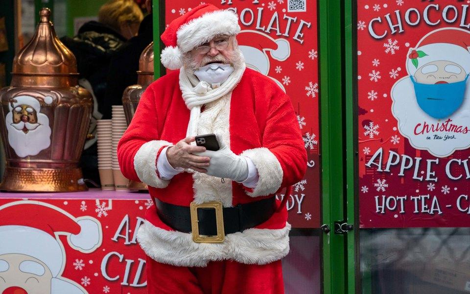 23 постояльца дома престарелых в Бельгии умерли после визита Санта-Клауса с Covid-19