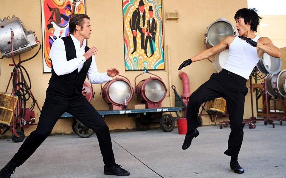 Что нетак собразом Брюса Ли в«Однажды вГолливуде» ипочему сцена драки так разозлила часть зрителей
