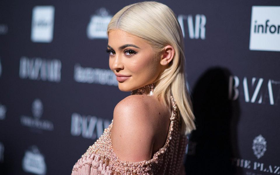 Самой высокооплачиваемой знаменитостью до30 лет стала Кайли Дженнер: Forbes опубликовал новый рейтинг