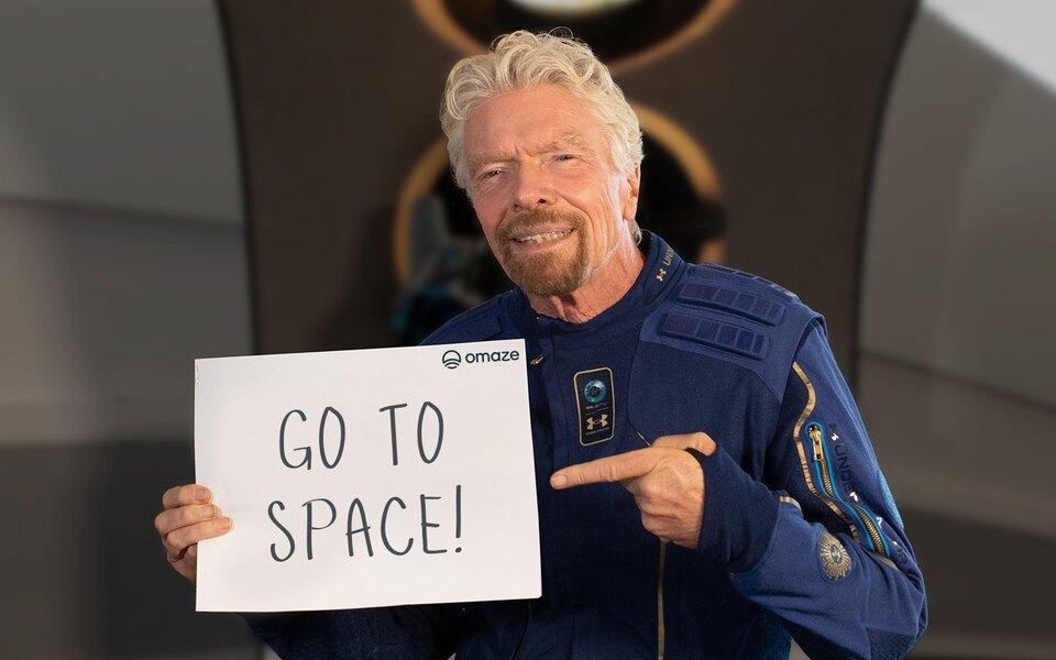 Virgin Galactic начала розыгрыш 2 бесплатных билетов на суборбитальный коммерческий полет