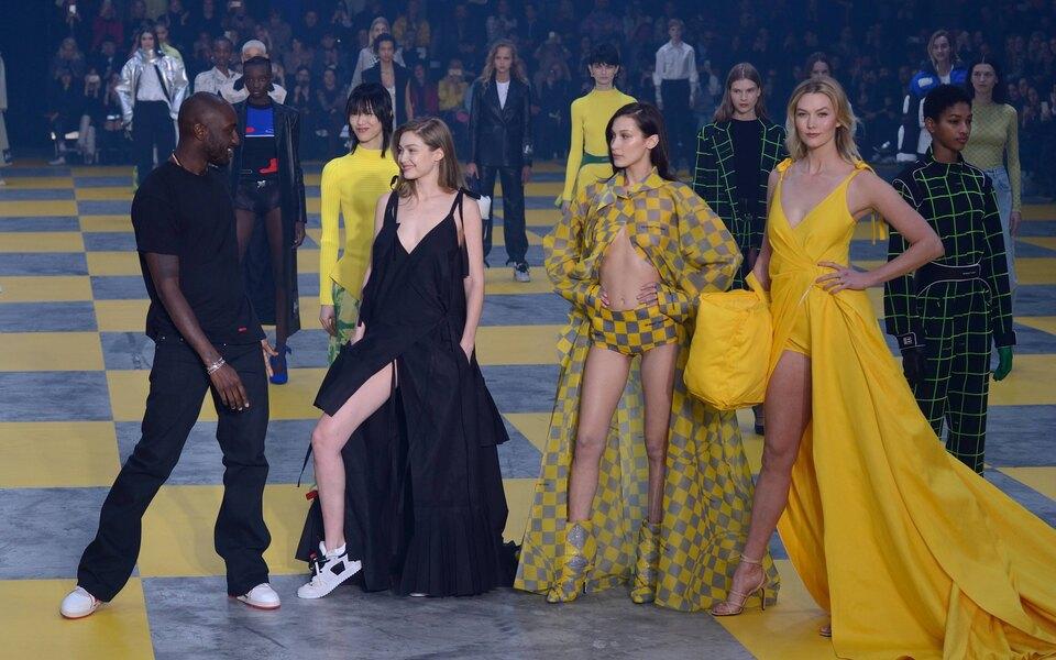 Модели истилисты создали петицию спризывом изменить нереалистичные стандарты размеров одежды