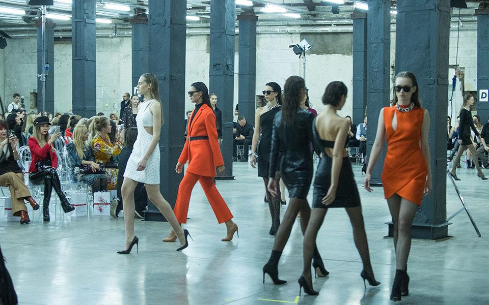 AliExpress создаст лимитированные коллекции одежды сроссийскими дизайнерами