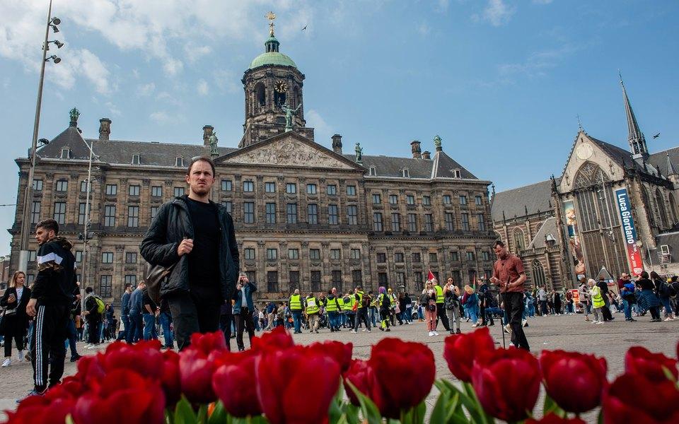 Амстердам ввел новый налог для туристов. За каждую ночь в городе нужно будет платить по €3