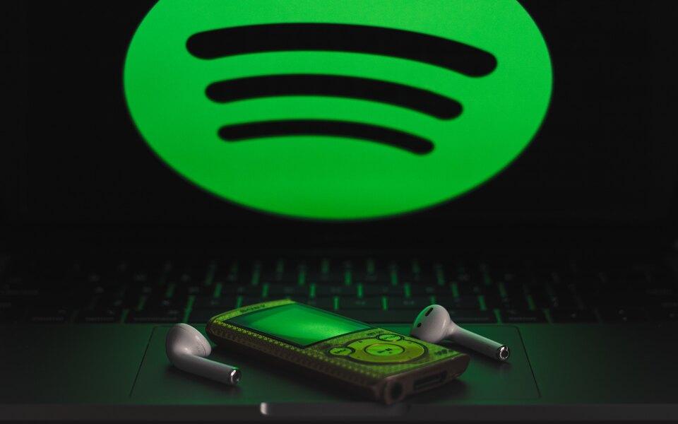 Русский рэп, K-Pop иМоргенштерн: Spotify назвал музыкальные предпочтения россиян поитогам первого месяца работы встране