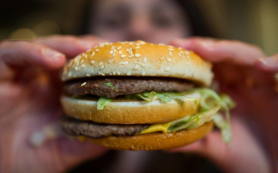 «Макдоналдс» отказался от акции «Биг Мак по 3 рубля» из-за коронавируса