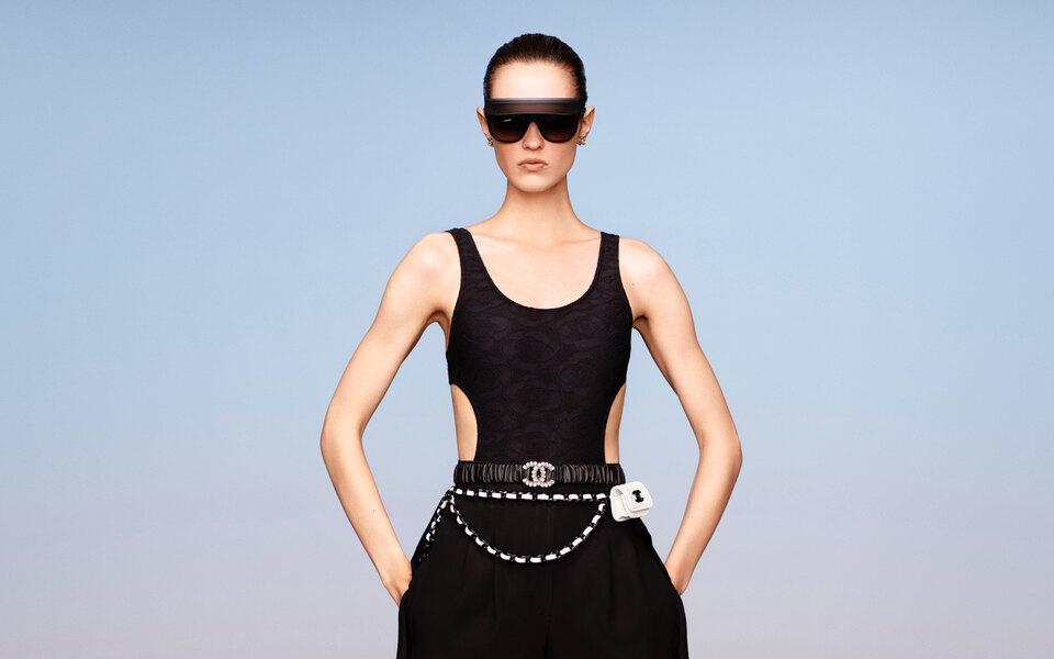 Chanel показали круизную коллекцию. Длянее использовали ткани, которые уже были враспоряжении бренда