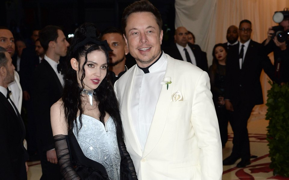 Илон Маск ипевица Граймс расстались после трех лет отношений