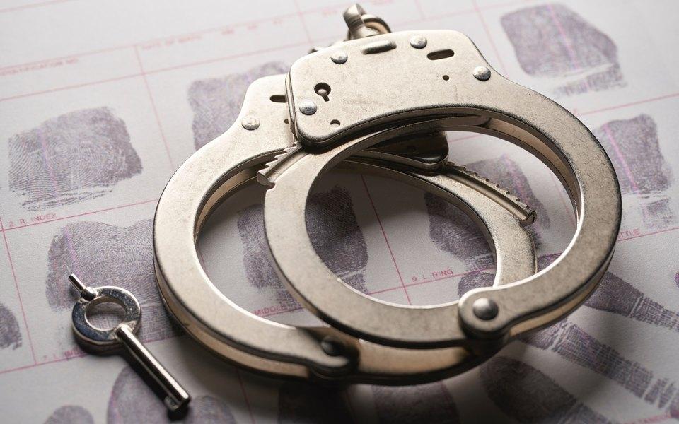 В Испании мужчина купил дом навыигрыш слотереи. Но кнему пришла полиция, потому что он украл лотерейный билет