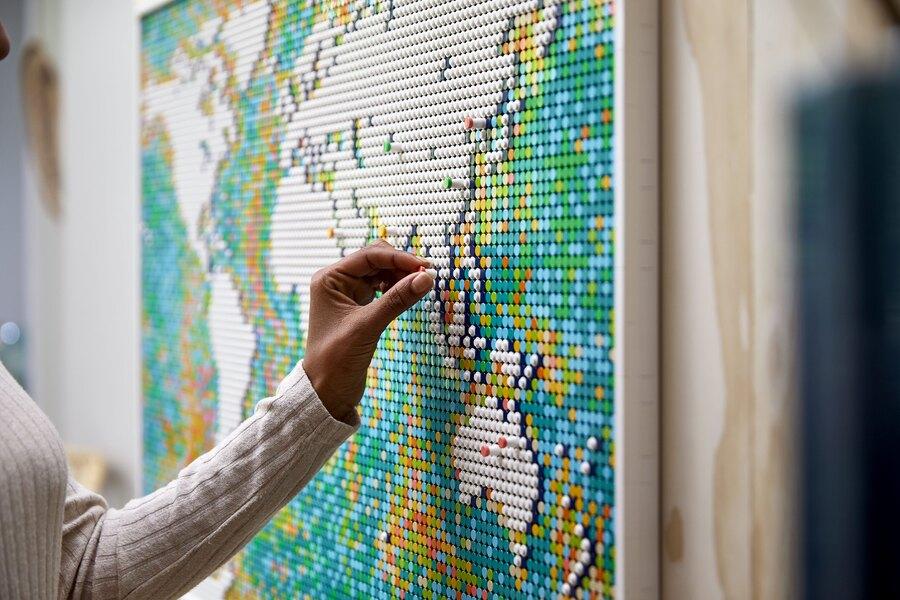 Lego выпустит самый большой набор в своей истории. Из конструктора можно будет собрать карту мира