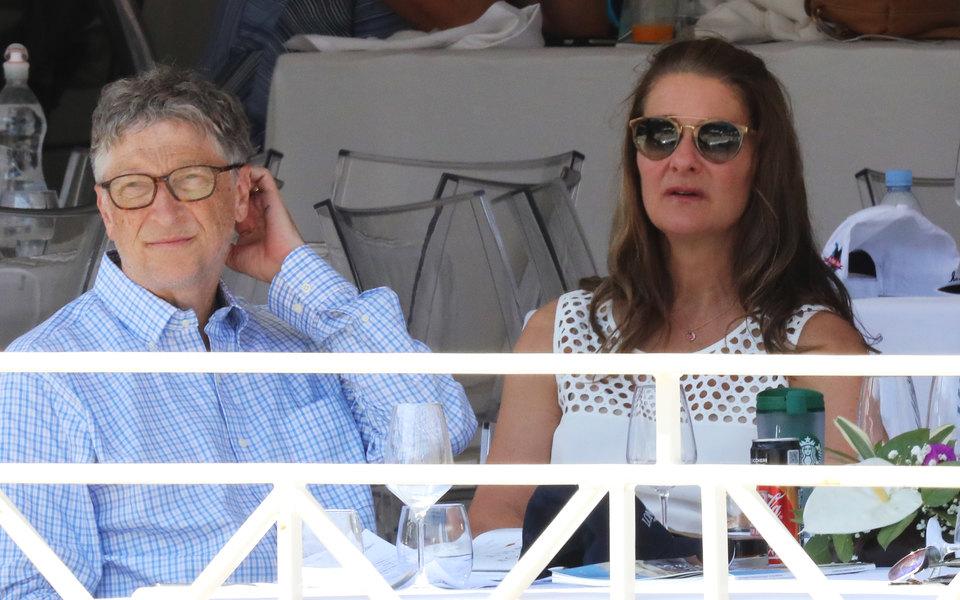 WSJ назвала причиной развода Билла и Мелинды Гейтс общение миллиардера с Джеффри Эпштейном, обвиненным в секс-торговле несовершеннолетними