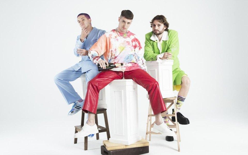 Безумные тексты подлирические мелодии: угруппы «Хлеб» вышел новый альбом «Звезды»