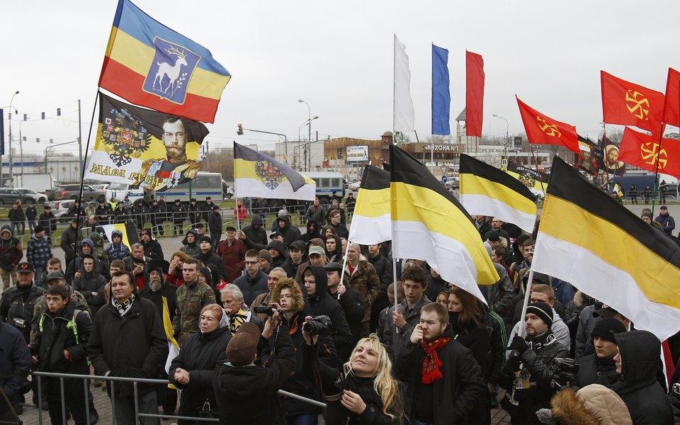 Шествие участников акции «Русский марш» в Люблино
