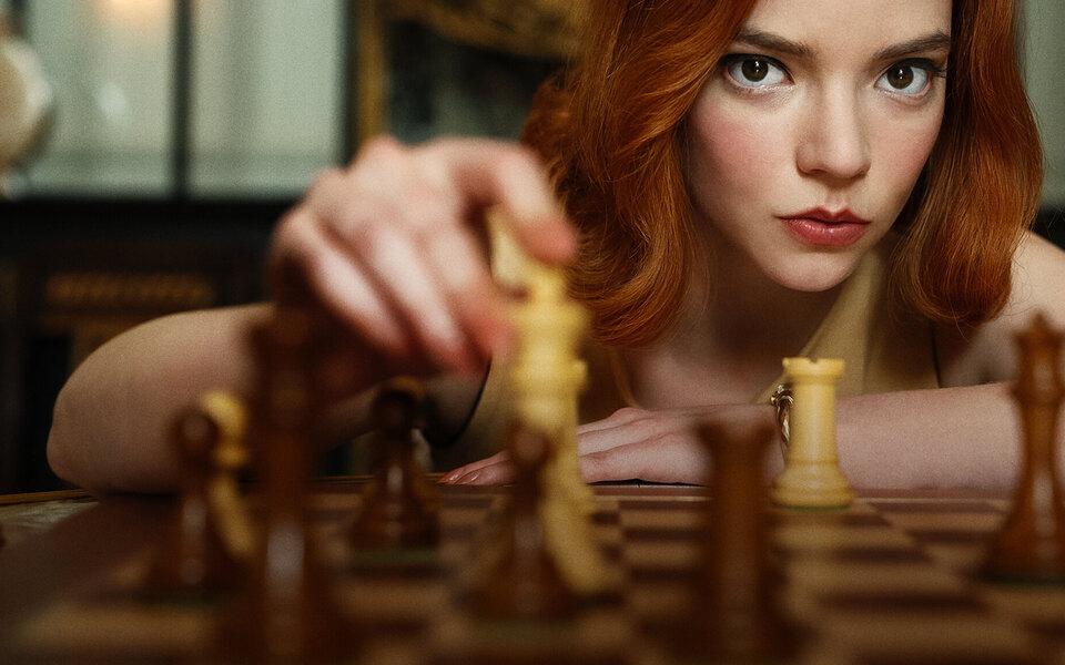 «Ход королевы» сАней Тейлор-Джой вроли гениальной наркозависимой шахматистки — пока что лучший сериал осени
