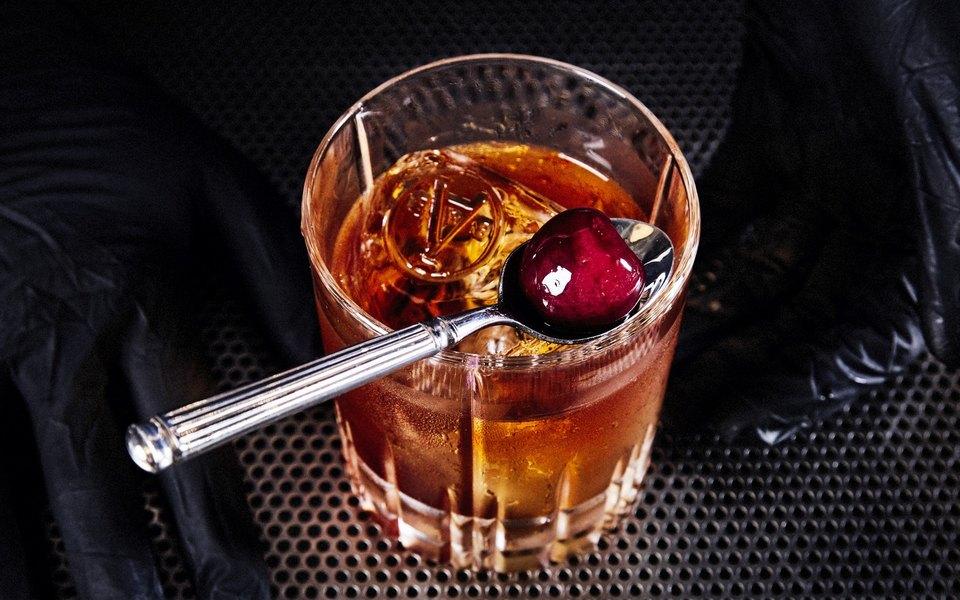 10 лучших молодых барменов Москвы
