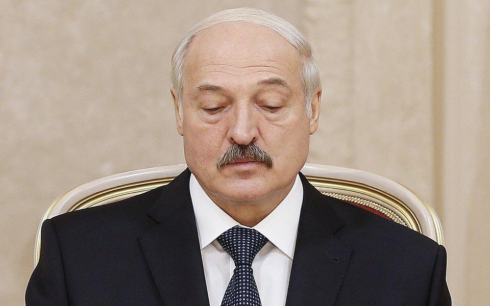Александр Лукашенко заявил, что Илон Маск подарил ему Tesla. Но сам бизнесмен оказался нев курсе