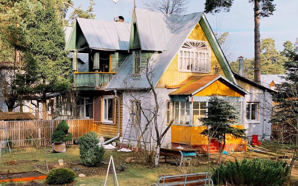 Здесь сохранилась история: посмотрите настарые кратовские дачи вфотопроекте Фёдора Савинцева
