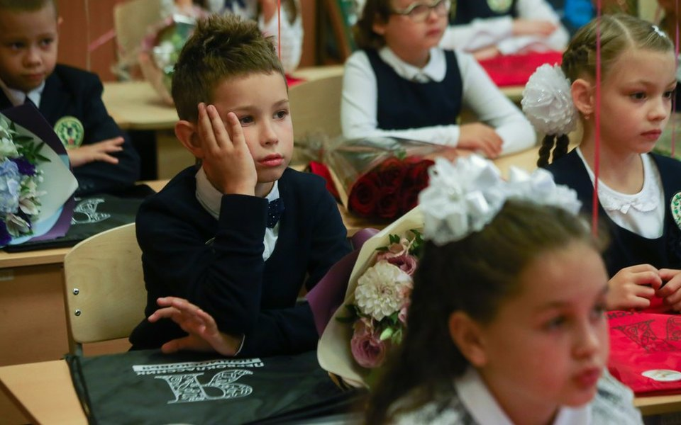 Более 40% российских школьников пожаловались надепрессию из-за дистанционки