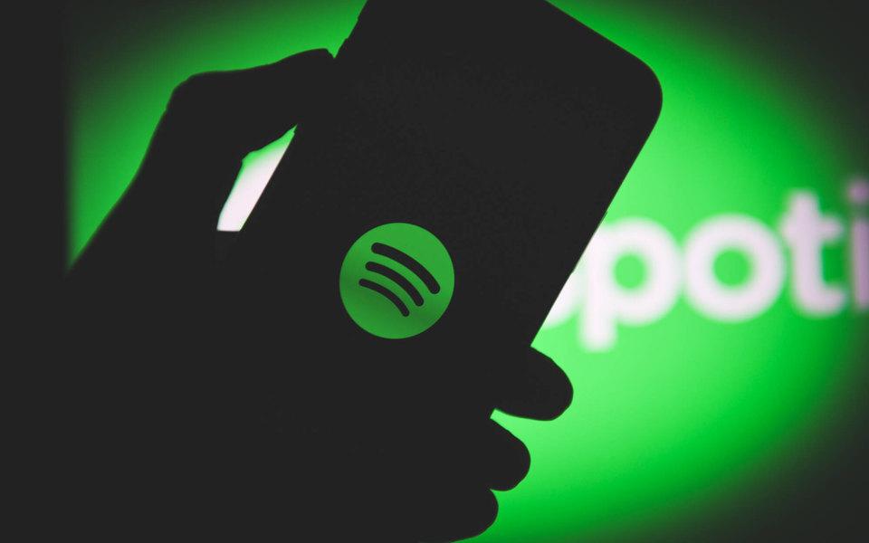 Приложение Spotify стало доступно в России