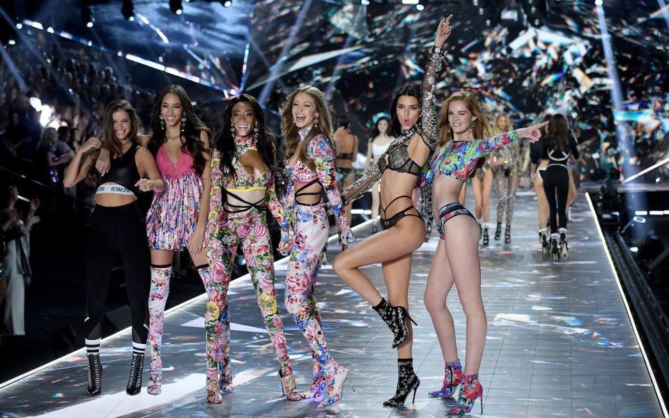 Теперь официально: показ Victoria's Secret, который проходил каждый год 25 лет подряд, отменен