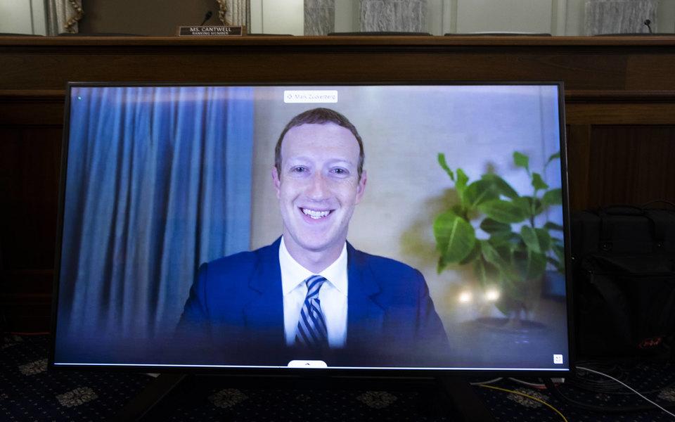 В Сенате США прошла онлайн-конференция сучастием глав Twitter, Google иFacebook. Цукерберг несразу справился сподключением
