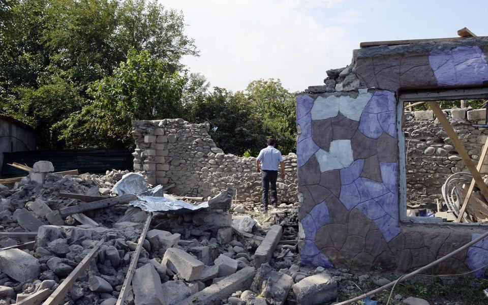 Заместитель главреда «Дождя» исотрудники нескольких иностранных СМИ попали подобстрел вНагорном Карабахе