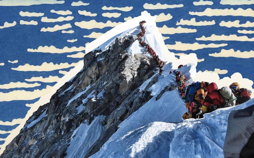 «Все хотят оказаться навершине мира»: зачем люди «покоряют» Эверест ипочему гибнут вочереди навосхождение