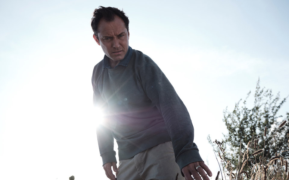 Солнцестояние наострове проклятых: очем новый сериал «Третий день» сДжудом Лоу