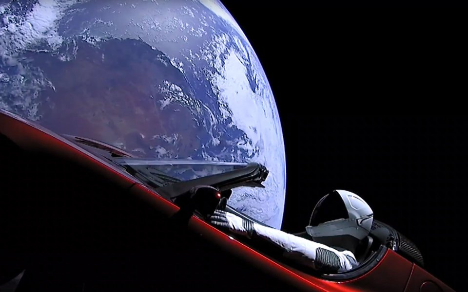 За положением Tesla Roadster вкосмосе теперь можно следить онлайн