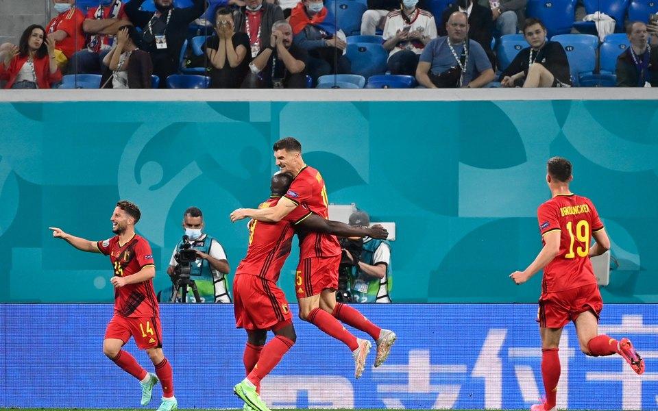 Сборная России проиграла Бельгии впервом матче Евро со счетом 0:3. Соцсети бурно реагируют