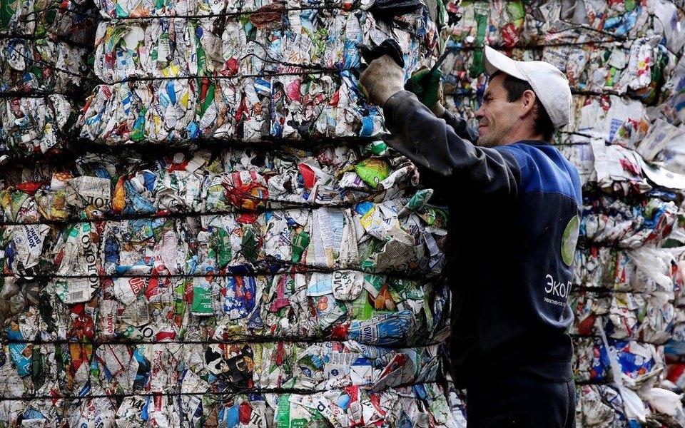 Россия натреть увеличила ввоз пластиковых отходов издругих стран