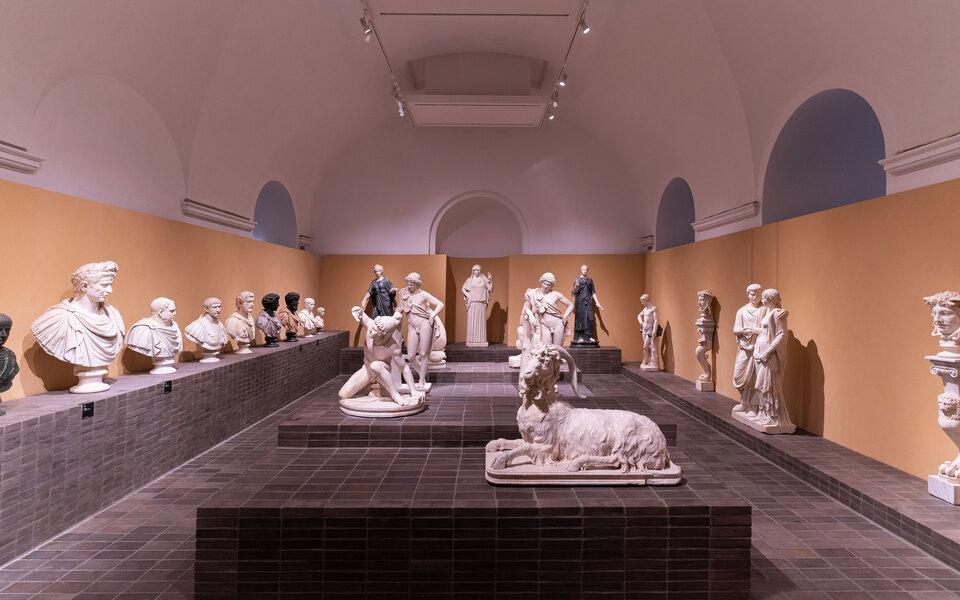 Bvlgari открыли вРиме масштабную выставку античной мраморной скульптуры