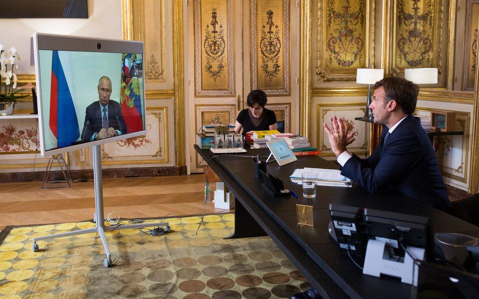 «Мы неможем поверить вто, что Елисейский дворец сознательно слил запись беседы двух президентов»: Кремль — оразговоре Путина иМакрона оНавальном