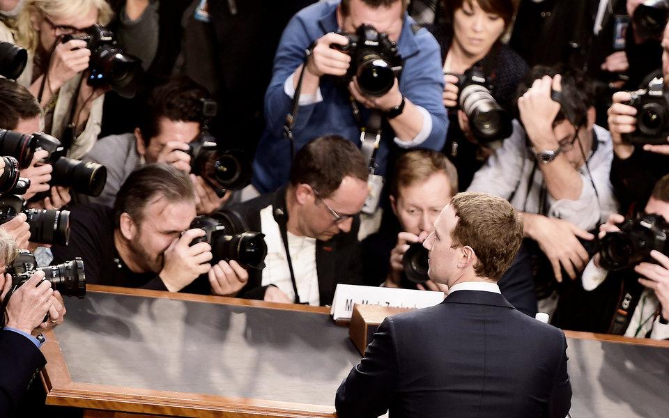 «Это гонка вооружений»: очем Марк Цукерберг рассказал Сенату