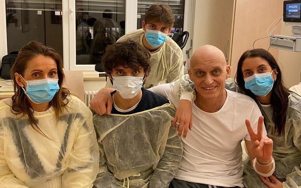 «Меня буквально спасли тремя химиями»: Олег Тиньков рассказал олечении лейкемии. Он также переболел Covid-19