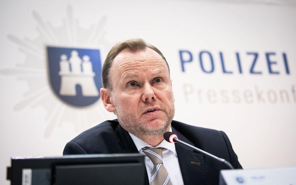 В Гамбурге возбудили уголовное дело из-за оскорбительного твита в адрес главы городской полиции