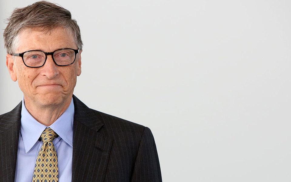 Билл Гейтс больше невторой самый богатый человек вмире. Его обогнал владелец Louis Vuitton Бернар Арно