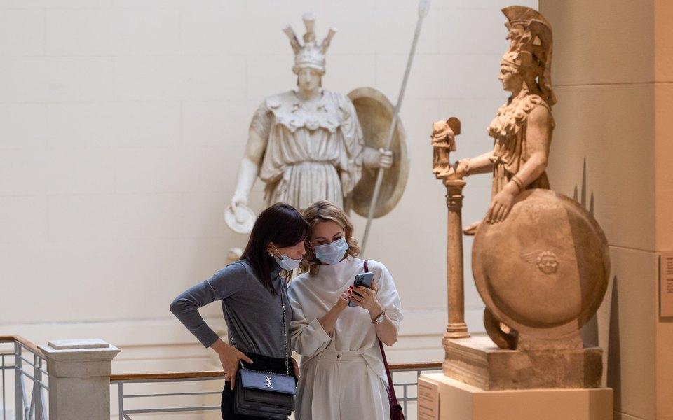 В России выявили 12 604 новых случая заражения коронавирусом