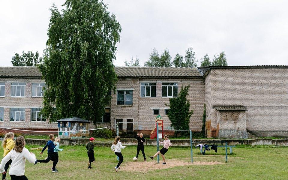 Проект «Кружок» представил сайт «Лето целого года». Он разработан школьниками изновгородских деревень
