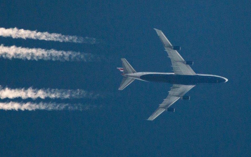 Самолет British Airways долетел изНью-Йорка вЛондон зарекордно короткое время. Все благодаря шторму