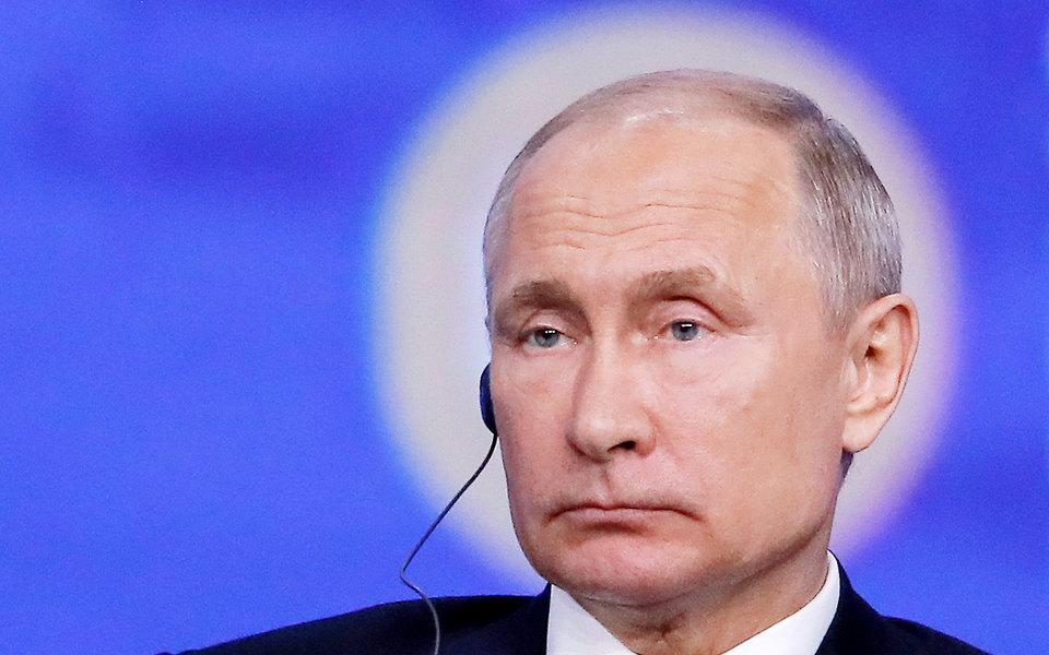 Путин уволил двух генералов полиции всвязи сделом Ивана Голунова