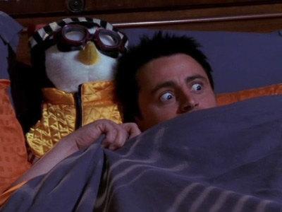 """Джоуи прятал вхолодильнике """"Сияние"""" Стивена Кинга. Какую книгу ему посоветовала Рейчел?"""