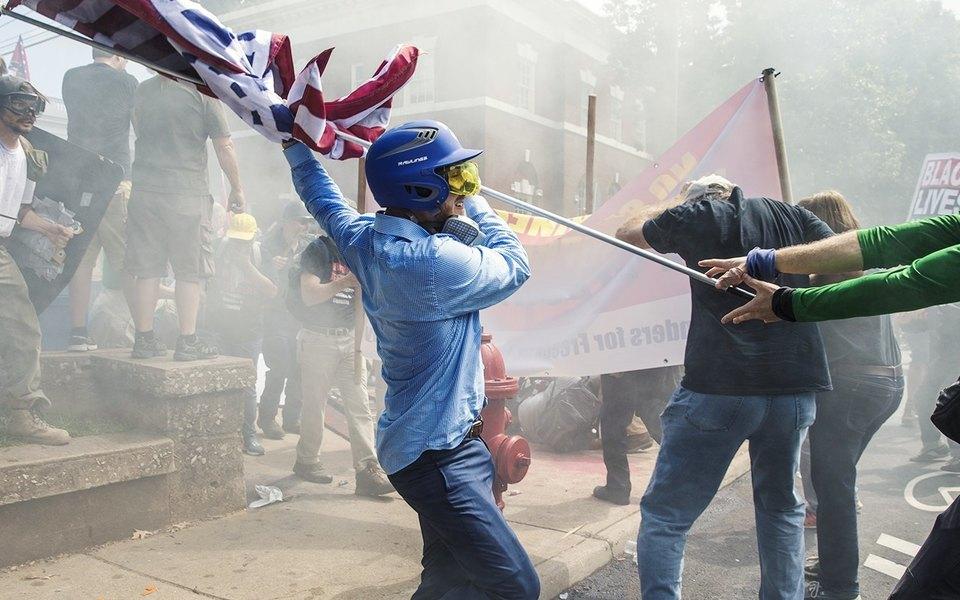 Что происходит вШарлотсвилле: конфликт, расколовший американское общество
