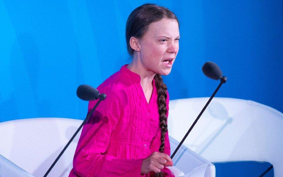 Грета Тунберг во время выступления на климатическом саммите ООН