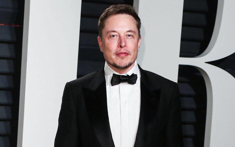 Илон Маск стал самым богатым человеком напланете. Всоцсетях обсуждают новость иделают новые мемы