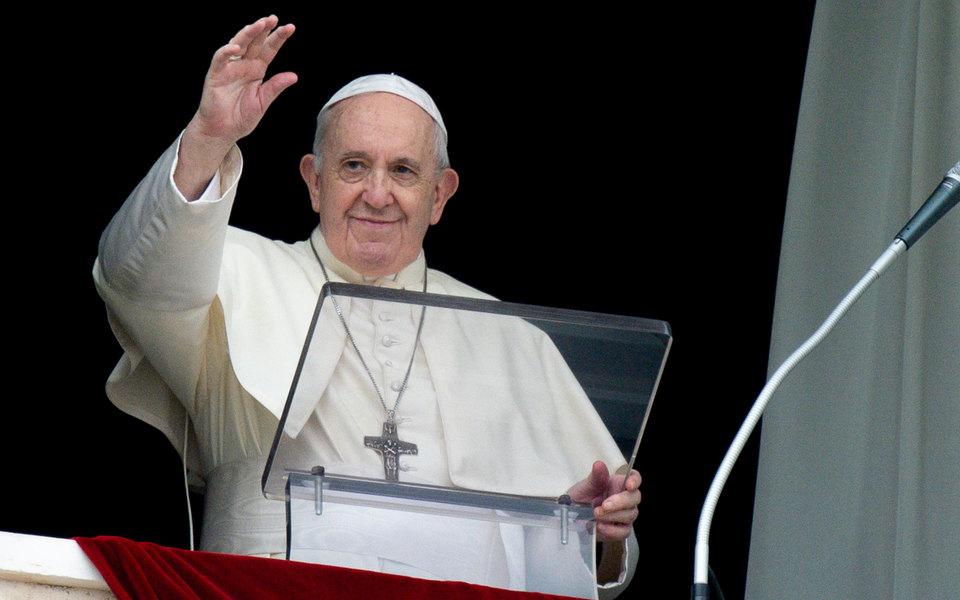 Папа римский назвал секс божественным удовольствием